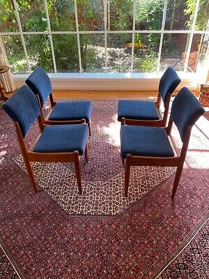 AU250 • Buy 4x Stylish Vintage Mid Century Danish-style Chiswell Dining Chairs.
