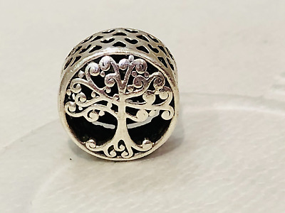 AU32 • Buy Authentic Pandora Family Is Where Love Grows TREE Charm 797590