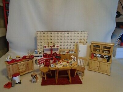 £35 • Buy Dolls House Furniture Mixed Lot Kitchen 12th Scale & 50 Accessories