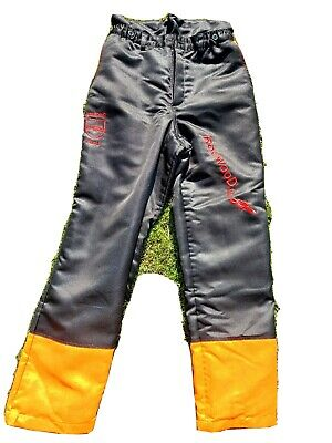 £17.20 • Buy Chainsaw Trousers