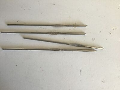 £3.70 • Buy Set Of American Crochet Hooks With Caps On The Fine Ones.