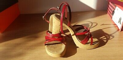 £7 • Buy Emilio Luca Shoes Red And Cork Heal Sandals Size 4