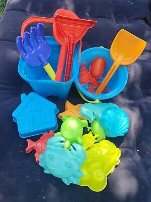 £7 • Buy Kids Bucket And Spade Set With Toy Shapes
