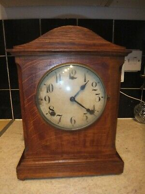 £49.99 • Buy Antique American Wooden Chiming Mantel Clock With Pendulum