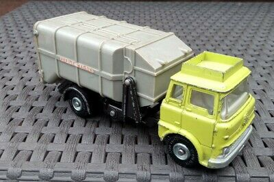 £10 • Buy Dinky Toys Bedford Refuse Wagon