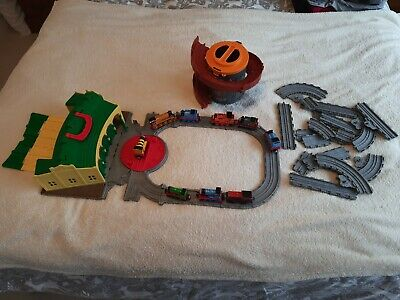 £18 • Buy Take Along And Play Thomas Tidmouth Sheds, Extra Track And 9 Trains