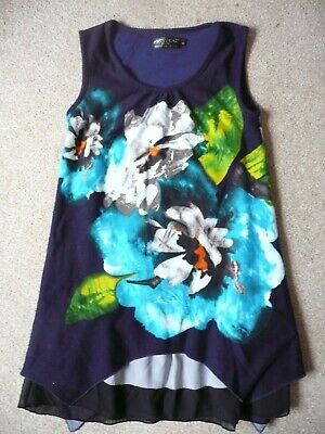 £2.75 • Buy Pussycat London Navy Floral Top Size Med Approx A 10