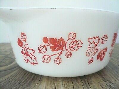£10 • Buy Vintage Pyrex Gooseberry Pink On White Small Casserole