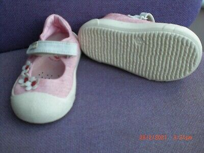 £8 • Buy Girls Cotton Shoes By Garvalin Size 21