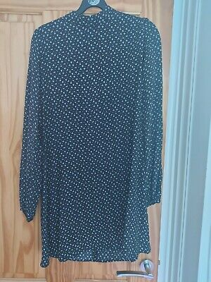 AU5.53 • Buy Urban Outfitters Black And White Backless Dress Size S