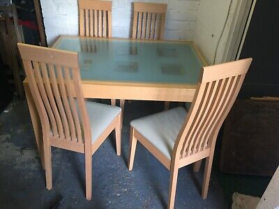 £95 • Buy Extending Kitchen / Dinning Table And Chairs