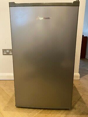 £15 • Buy Fridgemaster MUR4892MS Fridge In Excellent Condition With Ice Box, Silver