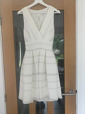 £19 • Buy Ladies Summer Dress From Reiss  Size 10.