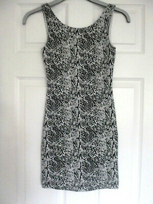 £2.99 • Buy H&M Divided Winterweight Sleeveless Micro Mini Dress Size 6 -Excellent Condition