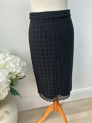 £10 • Buy Reiss Black Lace Textured Pencil Skirt Size 10
