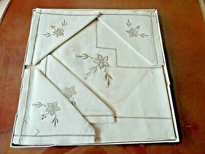 £15 • Buy Vintage Irish Linen Tablecloth And 4 Napkins Boxed