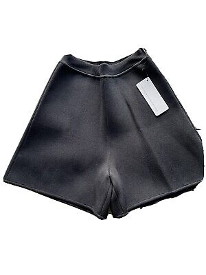AU279 • Buy Scanlan Theodore Crepe Knit Shorts Size Small