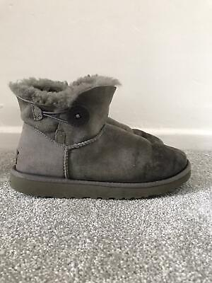 £36.99 • Buy Grey Ugg Boots Size 6.5 Suede Bailey Button Mini Uggs Short Ankle Booties