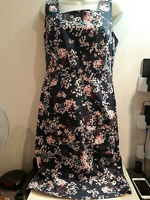 AU3.35 • Buy George.  Blue Pattern Fitted Dress.  Size 14