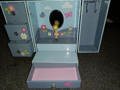 £5 • Buy Girls Marks And Spencers Musical Jewellery  Box Chest