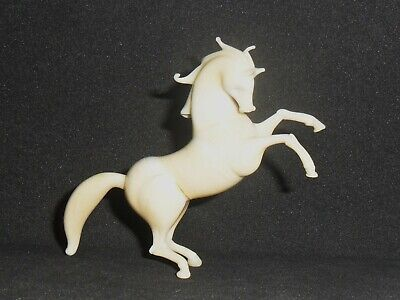 £10 • Buy Fine Vintage Miniature Murano Marked Ivory Lampwork Glass Prancing Horse