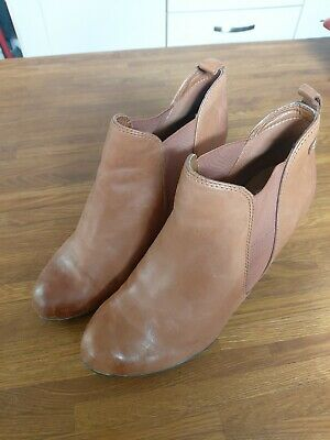 £10 • Buy Clarks KEMBLE BISCUIT Softwear Ankle Boots In Tan Brown Size UK 6.5D