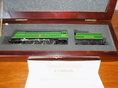 £78 • Buy Hornby 'Exeter' BR 4-6-2 West Country Class Limited Edition + Presentation Box