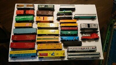 $ CDN2.88 • Buy Athearn/Tyco/AHM Etc HO Train Lot Of 31 Mixed Rolling Stock Freight Cars RTR