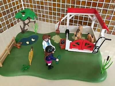 £3 • Buy Playmobil Country Horse Paddock Super Set 6147 Almost Complete