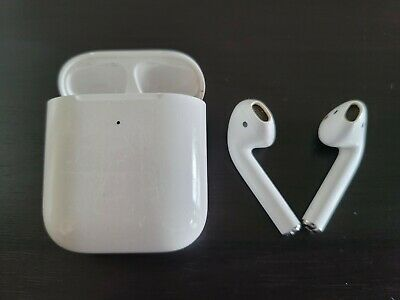 AU41.92 • Buy Apple AirPods 2nd Generation With Charging Case - White
