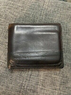 $36 • Buy Gucci Authentic Used Men's Wallet