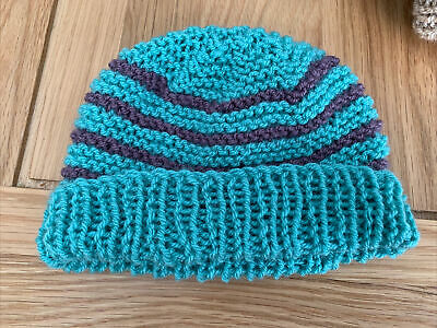 £0.99 • Buy Hand Knitted Baby Hats - Teal Green And Purple