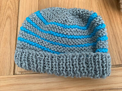 £0.99 • Buy Hand Knitted Baby Hats - Grey And Blue
