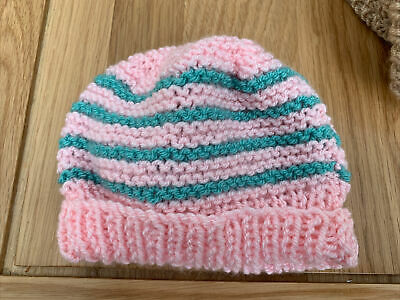£0.99 • Buy Hand Knitted Baby Hats - Pink And Green