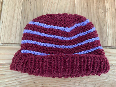 £0.99 • Buy Hand Knitted Baby Hats - Burgundy And Lilac
