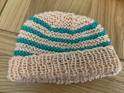 £0.99 • Buy Hand Knitted Baby Hats - Peach And Green