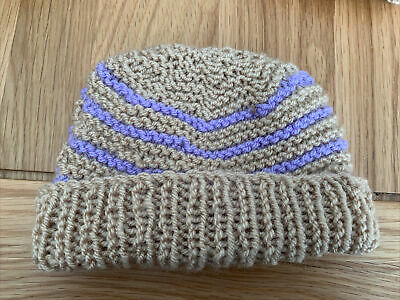 £0.99 • Buy Hand Knitted Baby Hats - Tan And Lilac