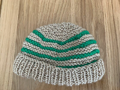 £0.99 • Buy Hand Knitted Baby Hats - Tan And Green
