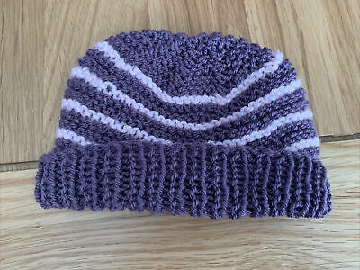 £0.99 • Buy Hand Knitted Baby Hats - Purple And Pink