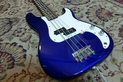 £150 • Buy Fender Squire P Bass Blueaffinity Series