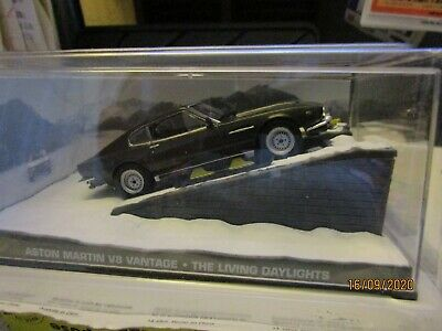 £8.90 • Buy James Bond Collection - Aston Martin V8 With Skis From The Living Daylights Nib