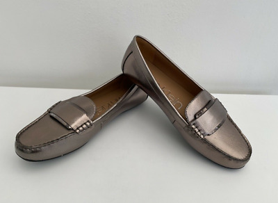 £35 • Buy Calvin Klein Womens Leonie Gold Shiny Loafers Flat Shoes