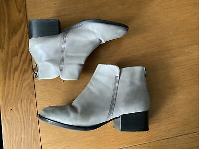 £15 • Buy Clarks GREY Leather Ankle Boots Size Uk 6.5 D  Eu 40 Us M
