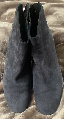 £50 • Buy Stuart Weitzan Grey Suede Ankle Boots - Bacari Size 6.5 ( New With Box )
