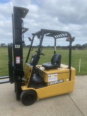 £5495 • Buy Cat 2 Tonne Electric Forklift Truck Low Hours