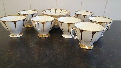 £7 • Buy 7 Royal Vale Tea Cups & Saucers 'Bone China, Made In England' Gold & White Used