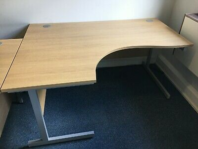 £25 • Buy Large Office Desk Used, Light Oak, Curved Right Hand, 1.6 M Length