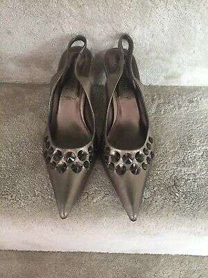 £5 • Buy Lovely Metalic Sling Back Party Shoes Size 6 By New Look