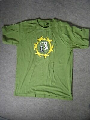 £6 • Buy Green Tee Shirt Featuring Lizards Made In India