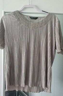 £3 • Buy Ladies Pale Green Top Forever By Michael Gold Size XL (18 Approx) In Lovely Cond
